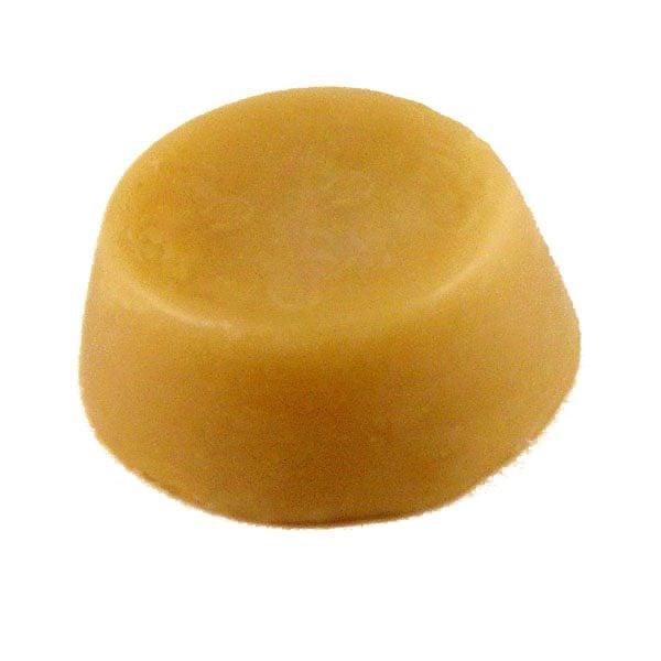 beeswax 2 oz round plug